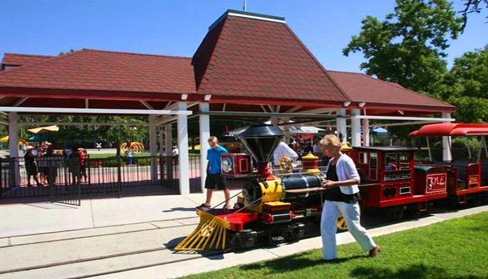 Playland Plans To Reopen In April